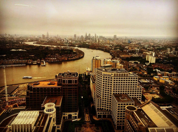 London City overview, photo by Dinis Guarda for tradersdna